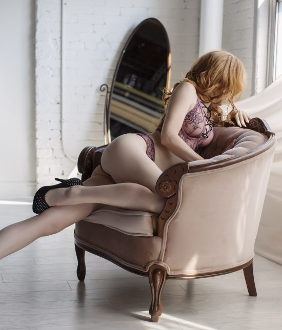 Toronto escort Scarlett Duo Non-smoking Mature Slender Petite Tall Breasts Natural Redhead European Tattoos None