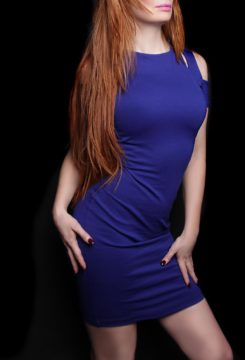 Toronto escort Scarlett Non-smoking Mature Redhead European Duo