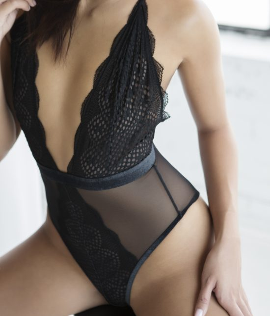Toronto escort companion upscale classy high class sexy hot beautiful gorgeous Carlisle Duo Non-smoking Young Slender Petite Breasts Natural Brunette Asian Exotic Tattoos None