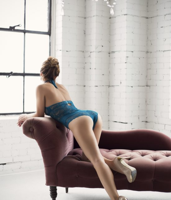 Toronto escort companion upscale classy high class sexy hot beautiful gorgeous Magi Non-smoking Mature Slender Petite Breasts Natural Brunette European Tattoos None