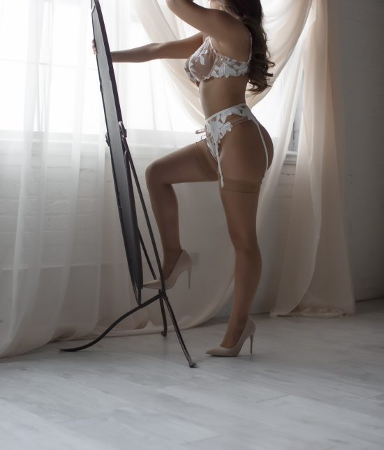 Toronto escort companion upscale classy high class sexy hot beautiful gorgeous Noelle Interests Duo Disability-friendly Non-smoking Young Curvy Petite Breasts Natural Raven-Haired Brunette European Tattoos None