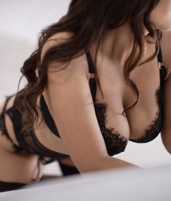 Toronto escort companion upscale classy high class sexy hot beautiful gorgeous Noelle Interests Duo Disability-friendly Non-smoking Young Curvy Petite Breasts Natural Brunette European Tattoos None