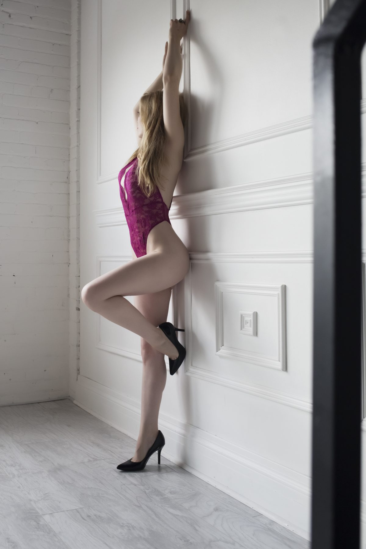 Toronto escorts companion upscale Ella Duo Couple-friendly Young Slender Petite Breasts Natural Blonde European Tattoos None