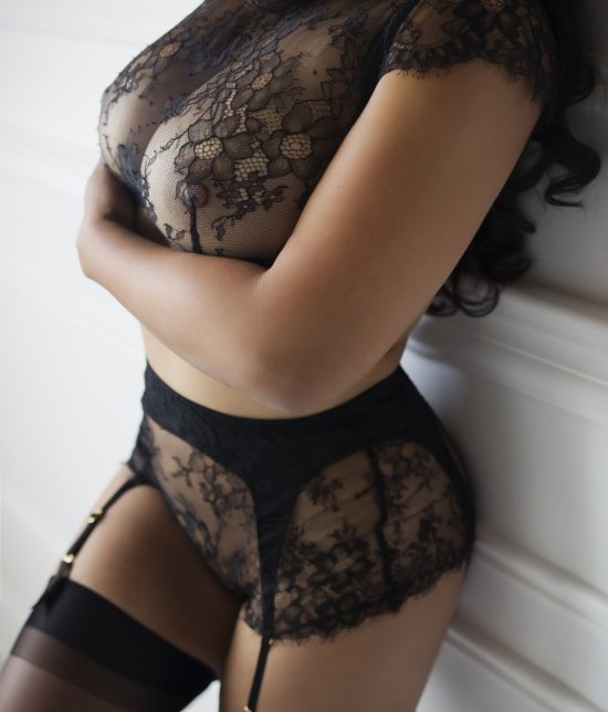 Toronto escort companion upscale classy high class sexy hot beautiful gorgeous Rachel Duo Couple-friendly Disability-friendly Non-smoking Age Mature Curvy Breasts Natural Brunette Exotic Tattoos None