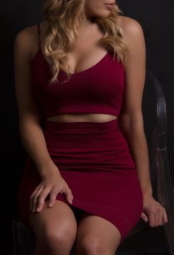 Toronto escort Serena New Non-smoking Young Blonde European Duo Couple-friendly