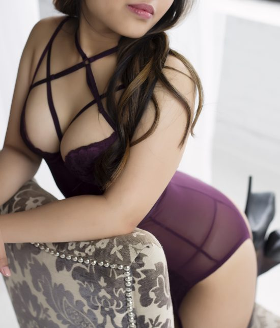 Toronto escort companion upscale classy high class sexy hot beautiful gorgeous Jade Disability-friendly Non-smoking Young Slender Petite Natural Brunette Asian Exotic None