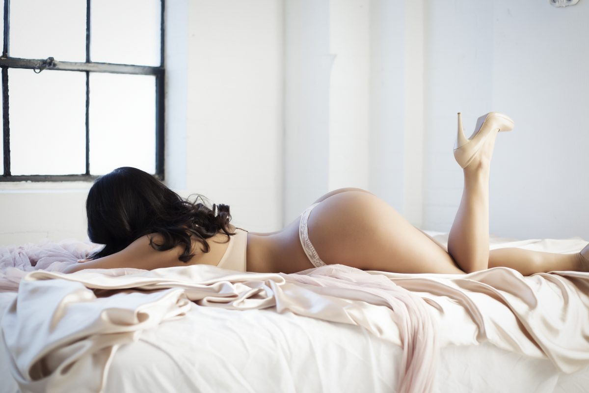 Toronto escorts companion upscale Bria Interests Duo Couple-friendly Disability-friendly Age Young Figure Curvy Petite Breasts Natural Hair Brunette Ethnicity Asian Exotic Tattoos Small