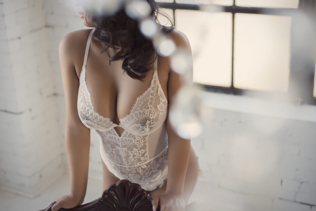 Toronto escorts companion upscale Bria Interests Duo Couple-friendly Disability-friendly Non-smoking Age Young Figure Curvy Petite Breasts Natural Hair Brunette Ethnicity Asian Exotic Tattoos Small