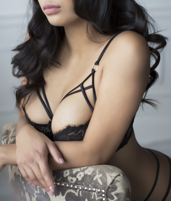 Toronto escort Bria Interests Duo Couple-friendly Disability-friendly Age Young Figure Curvy Petite Breasts Natural Hair Brunette Ethnicity Asian Exotic Tattoos Small