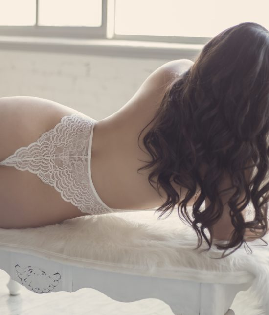 Toronto escort companion upscale classy high class sexy hot beautiful gorgeous Layla Interests Duo Couple-friendly Disability-friendly Non-smoking Young Curvy Petite Natural Brunette Exotic