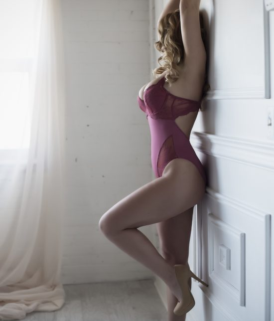 Toronto escort companion upscale classy high class sexy hot beautiful gorgeous Anastasia Interests Duo Couple-friendly Disability-friendly Non-smoking Mature Curvy Tall Natural Blonde European None