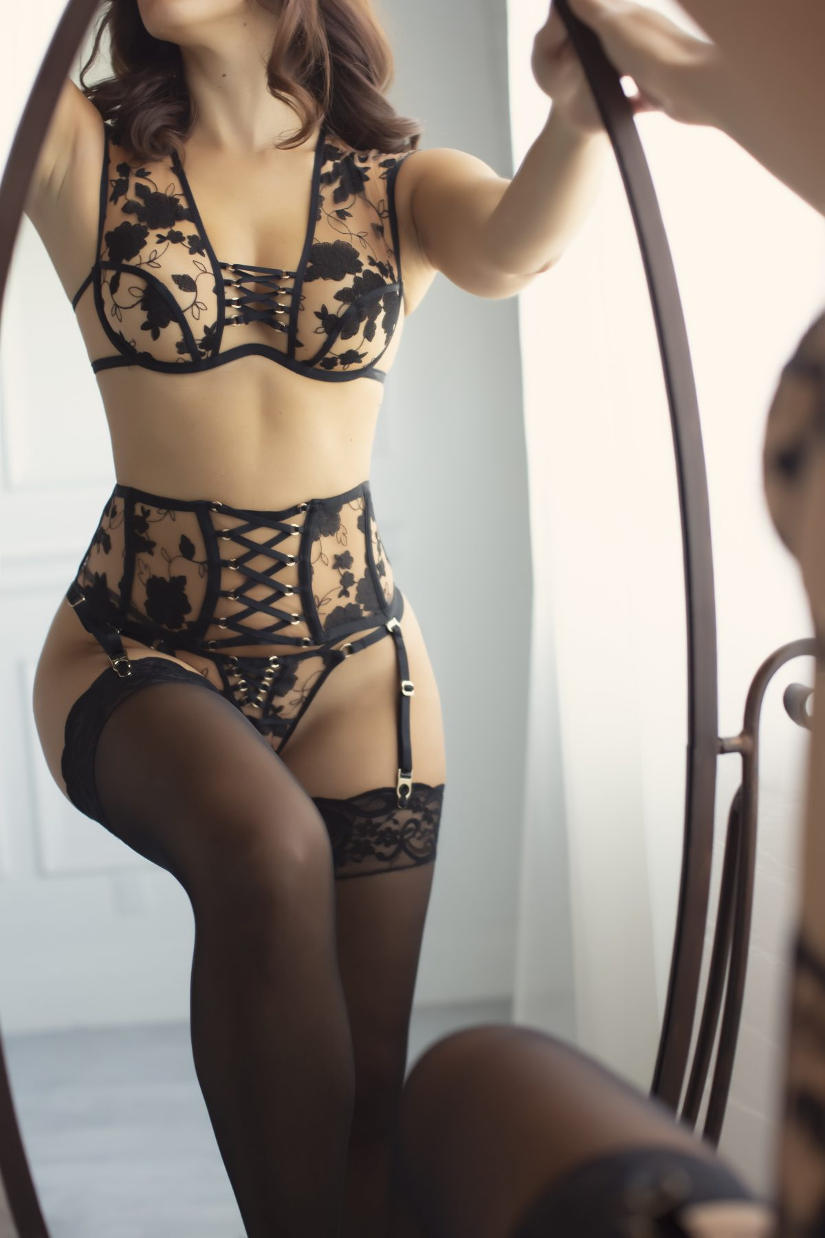 Toronto escorts companion upscale Isabella Interests Duo Couple-friendly Non-smoking Age Young Figure Slender Tall Breasts Natural Hair Brunette Ethnicity European Tattoos None New Photos