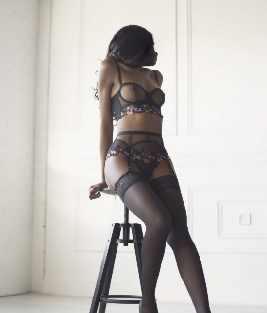 Toronto escort companion upscale classy high class sexy hot beautiful gorgeous Micha Non-smoking Mature Slender Tall Natural Raven-Haired Black Small New Photos Returning