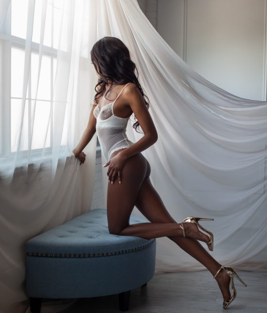 Toronto escort companion upscale classy high class sexy hot beautiful gorgeous Micha Duo Couple-friendly Disability-friendly Non-smoking Young Slender Tall Natural Brunette Exotic Small