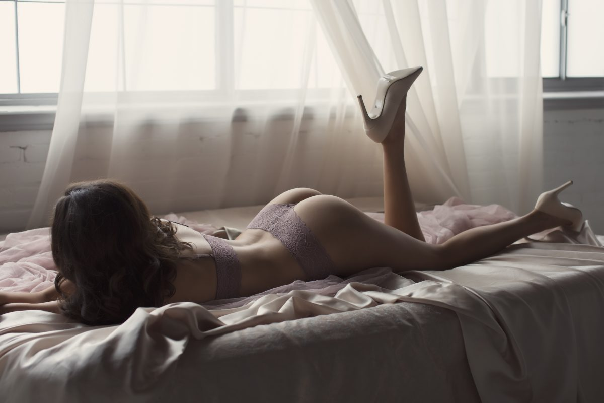 Toronto escorts companion upscale Olivia Interests Duo Couple-friendly Non-smoking Age Young Figure Slender Tall Breasts Natural Hair Brunette Ethnicity Asian Tattoos None Arrival New