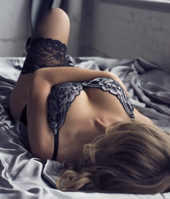 Toronto escort Naomi Interests Duo Couple-friendly Disability-friendly Non-smoking Age Mature Figure Slender Petite Breasts Natural Hair Blonde Ethnicity European Tattoos Large