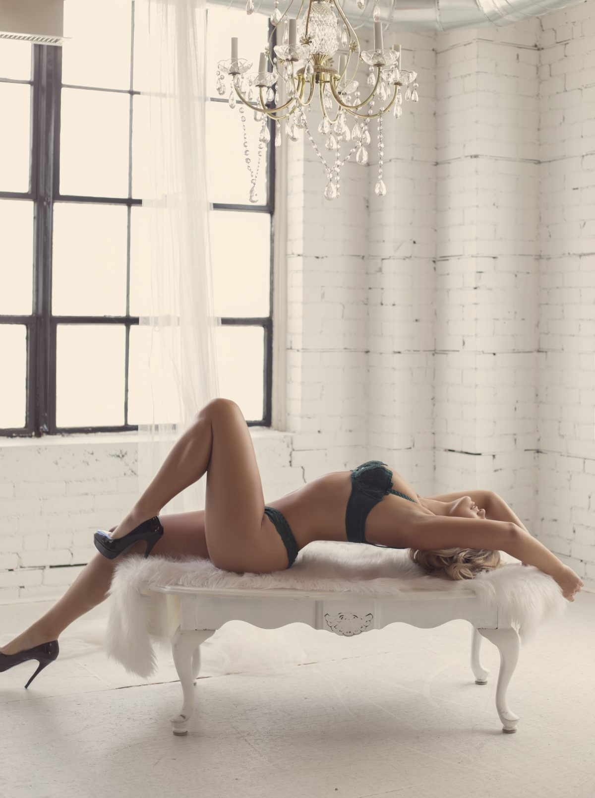 Toronto escorts companion upscale Tori Interests Duo Non-smoking Age Mature Figure Tall Breasts Natural Hair Blonde Ethnicity European Tattoos Small Arrival Returning