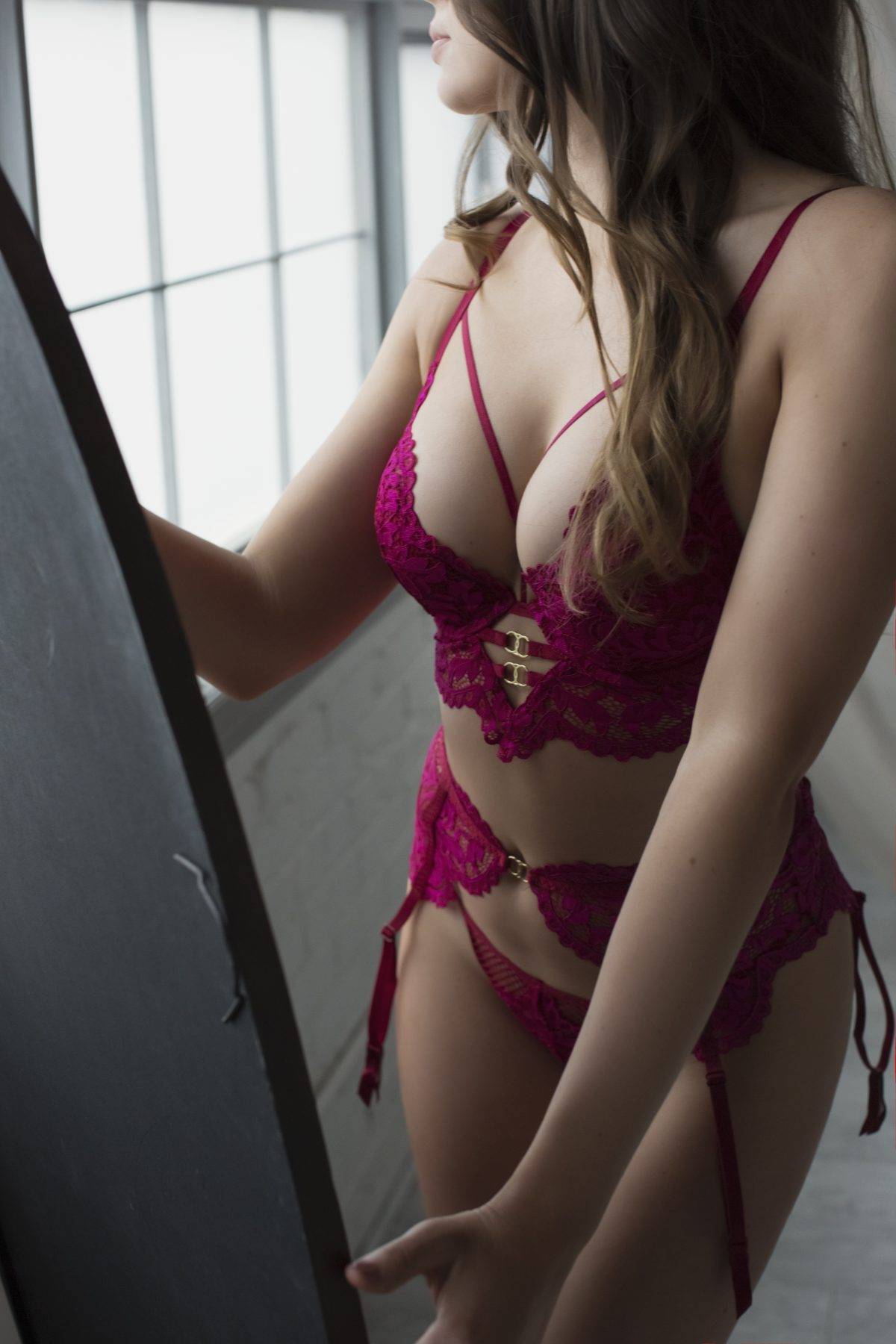 Toronto escorts companion upscale Blair Interests Duo Non-smoking Age Young Figure Slender Petite Breasts Natural Hair Brunette Ethnicity European Tattoos None Arrival