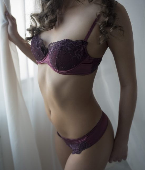 Toronto escort companion upscale classy high class sexy hot beautiful gorgeous Darcy Interests Duo Couple-friendly Non-smoking Age Mature Figure Slender Tall Breasts Natural Hair Brunette Ethnicity European Tattoos None Arrival New