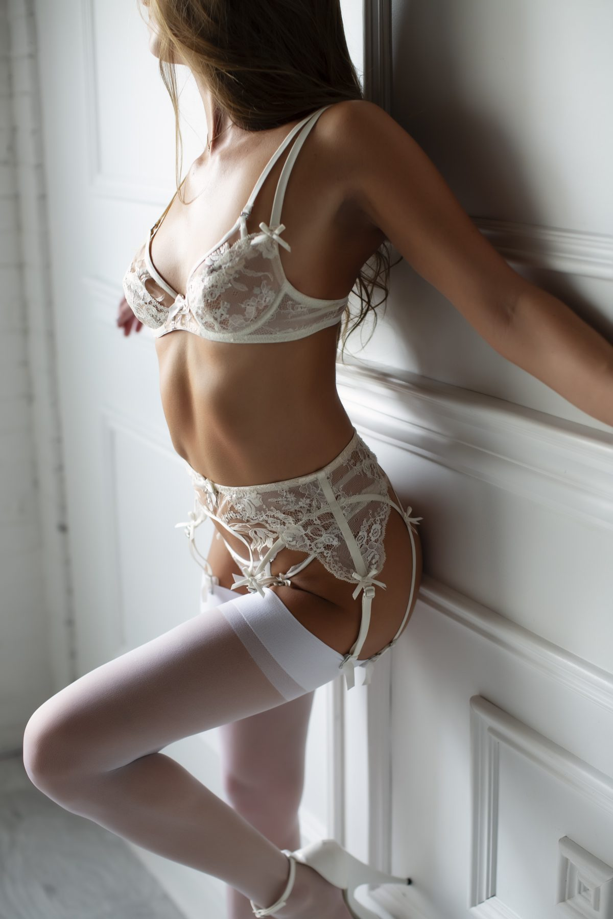 Toronto escorts companion upscale Darcy Interests Duo Couple-friendly Non-smoking Age Mature Figure Slender Tall Breasts Natural Hair Brunette Ethnicity European Tattoos None New Photos