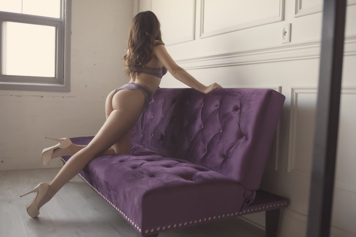 Toronto escorts companion upscale Tatum Interests Duo Couple-friendly Disability-friendly Non-smoking Age Young Figure Slender Petite Breasts Natural Hair Brunette Exotic Tattoos Small Arrival New