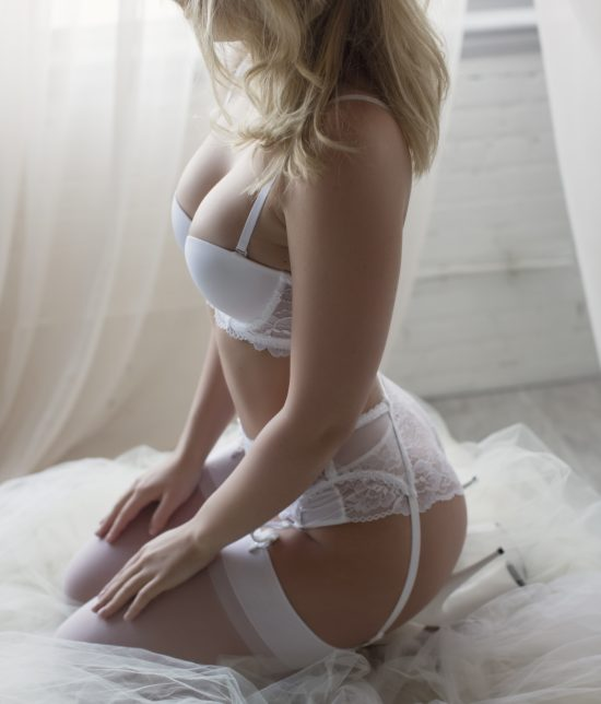 Toronto escort companion upscale classy high class sexy hot beautiful gorgeous Holly Interests Disability-friendly Non-smoking Age Young Figure Slender Petite Breasts Natural Hair Blonde Ethnicity European Tattoos None Arrival New