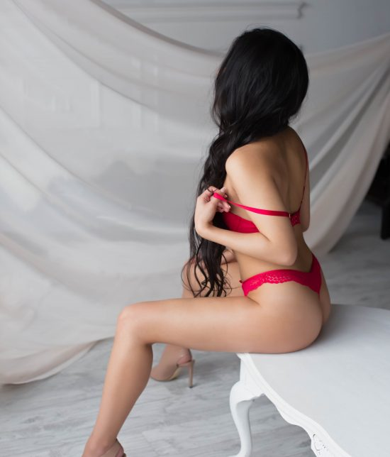 Toronto escort Akemi Interests Duo Couple-friendly Disability-friendly Non-smoking Age Young Figure Slender Petite Breasts Natural Hair Other Ethnicity Asian Tattoos Small Arrival New