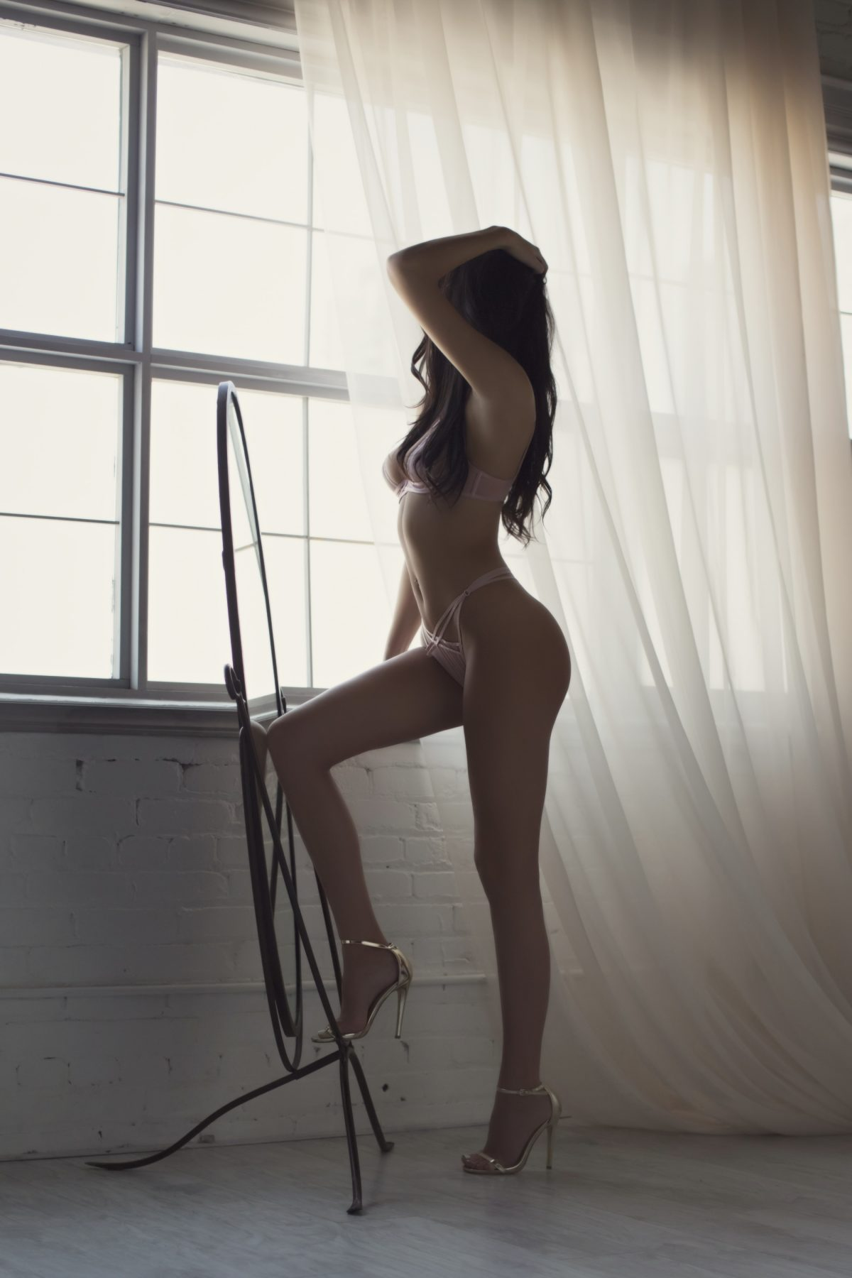 Toronto escorts companion upscale Angelina Interests Disability-friendly Non-smoking Age Young Figure Slender Tall Breasts Natural Hair Raven-Haired Ethnicity European Tattoos Small