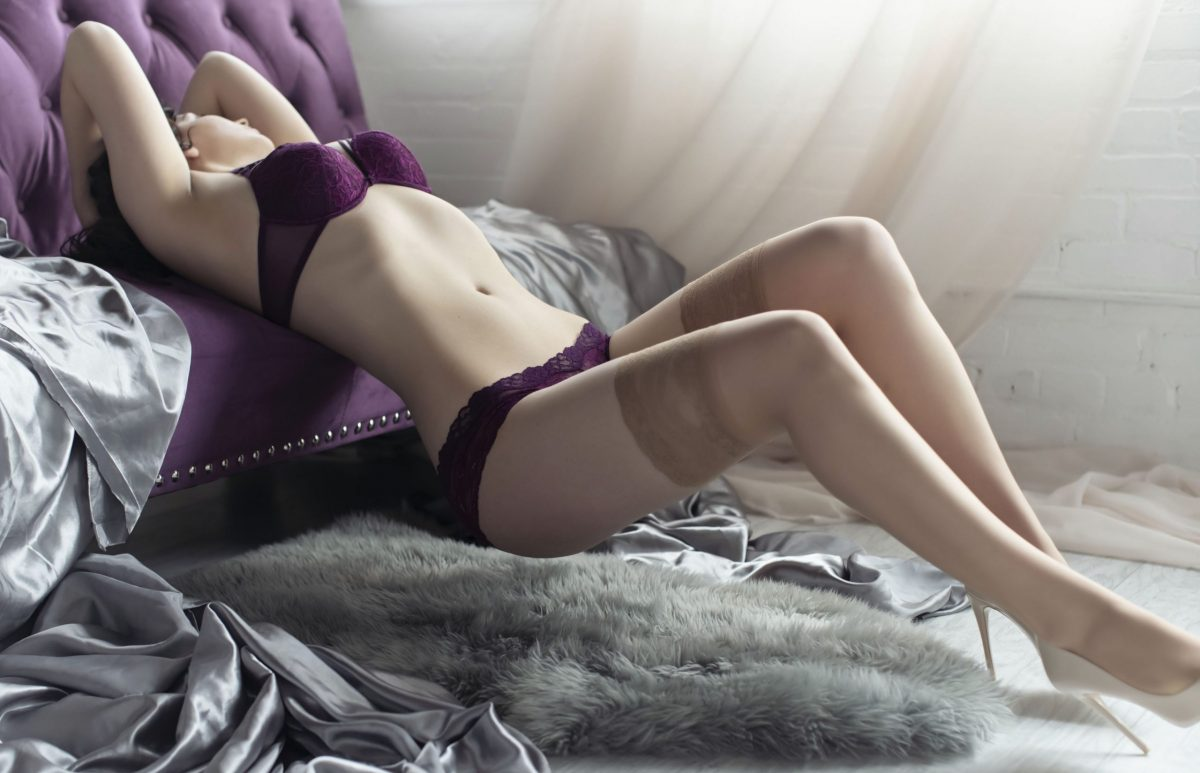 Toronto escorts companion upscale Nadia Interests Duo Couple-friendly Disability-friendly Non-smoking Age Young Figure Slender Tall Breasts Natural Hair Brunette Ethnicity European Tattoos None Arrival
