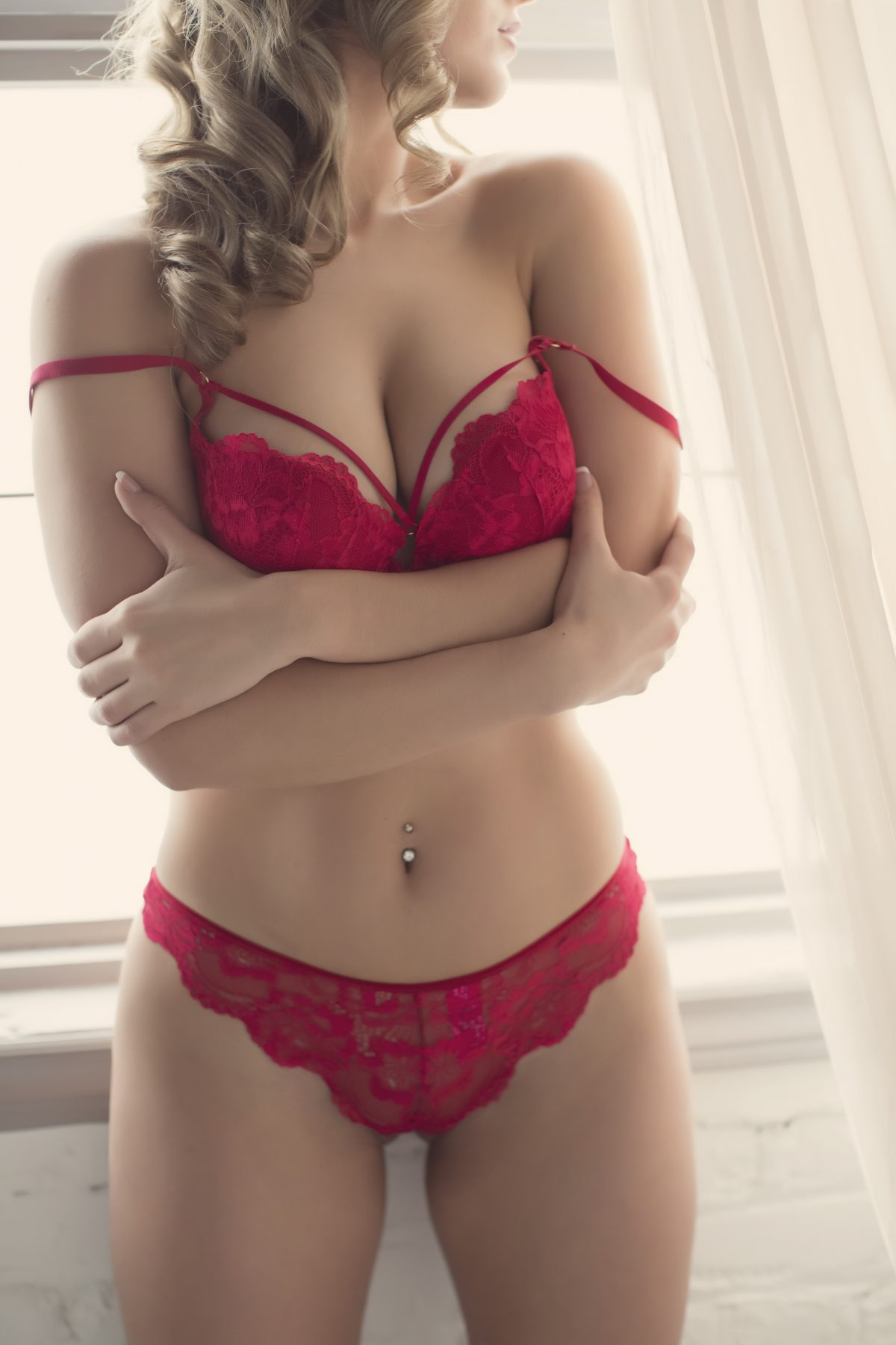 Toronto escorts companion upscale Cameron Interests Non-smoking Age Young Figure Slender Petite Tall Breasts Natural Hair Blonde Ethnicity European Tattoos Small Arrival Returning