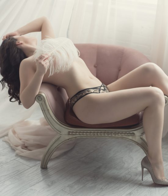 Toronto escort companion upscale classy high class sexy hot beautiful gorgeous Diana Interests Non-smoking Age Mature Figure Petite Breasts Natural Hair Brunette Ethnicity European Tattoos None