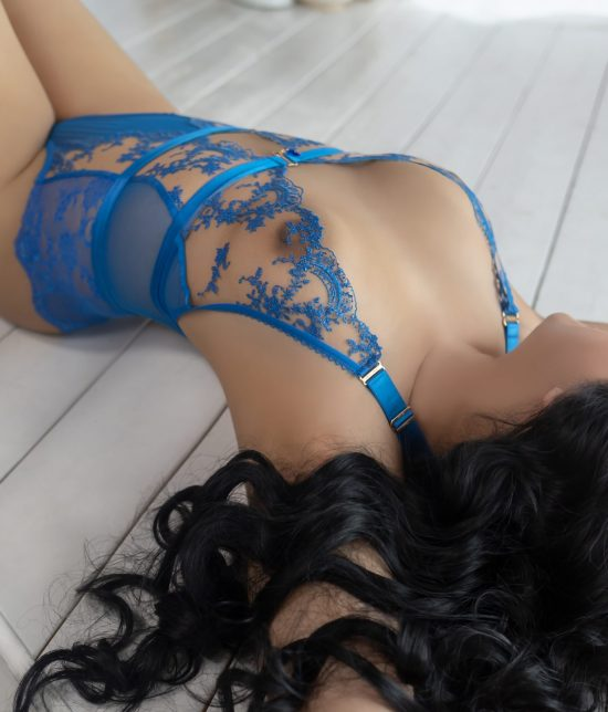 Toronto escort companion upscale classy high class sexy hot beautiful gorgeous Celine Interests Disability-friendly Non-smoking Age Mature Figure Slender Curvy Petite Breasts Natural Hair Raven-Haired Ethnicity European Tattoos None Arrival New Photos