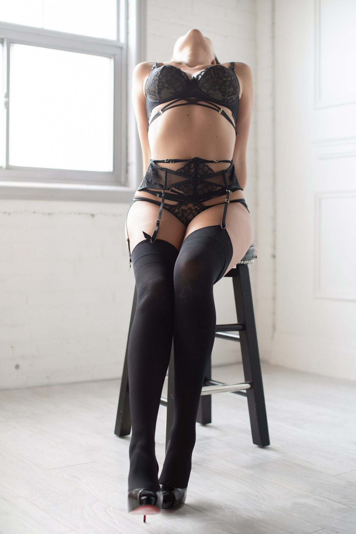 Toronto escorts companion upscale Jocelyn Interests Duo Couple-friendly Non-smoking Age Mature Figure Slender Tall Breasts Natural Hair Blonde Ethnicity European Tattoos Small Arrival New Photos