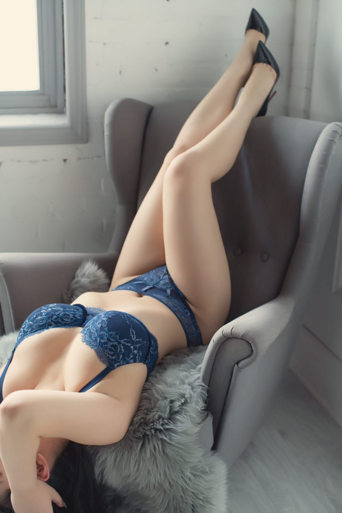 Toronto escorts companion upscale Emily Interests Duo Couple-friendly Non-smoking Age Young Figure Slender Curvy Petite Breasts Enhanced Hair Raven-Haired Ethnicity Asian Tattoos Small Arrival Video