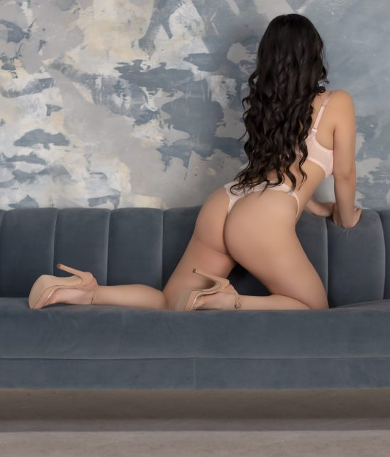 Toronto escort Carlisle Duo Non-smoking Mature Slender Petite Breasts Natural Raven-Haired Asian Tattoos None