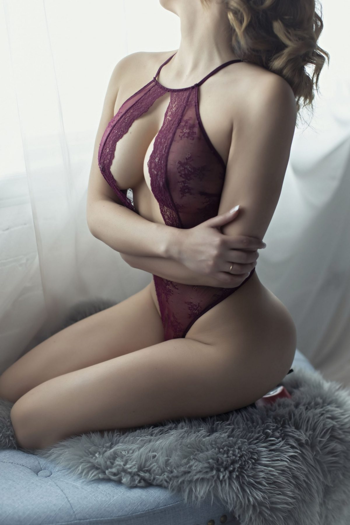 Toronto escorts companion upscale Alessandra Interests Duo Disability-friendly Non-smoking Age Mature Figure Slender Tall Breasts Enhanced Hair Brunette Ethnicity Latina Tattoos None Arrival Video