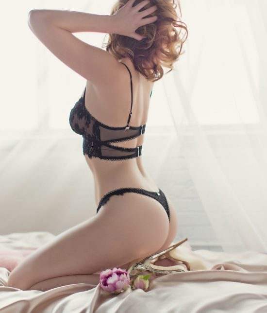 Toronto escort Parker Interests Duo Couple-friendly Disability-friendly Non-smoking Age Mature Figure Slender Tall Breasts Natural Hair Brunette Ethnicity European Tattoos Small