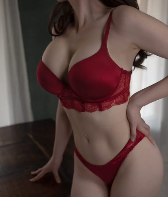 Toronto escort companion upscale classy high class sexy hot beautiful gorgeous Fiona Interests Duo Couple-friendly Non-smoking Age Mature Figure Slender Tall Breasts Enhanced Hair Brunette Ethnicity European Tattoos Large Arrival New New Photos
