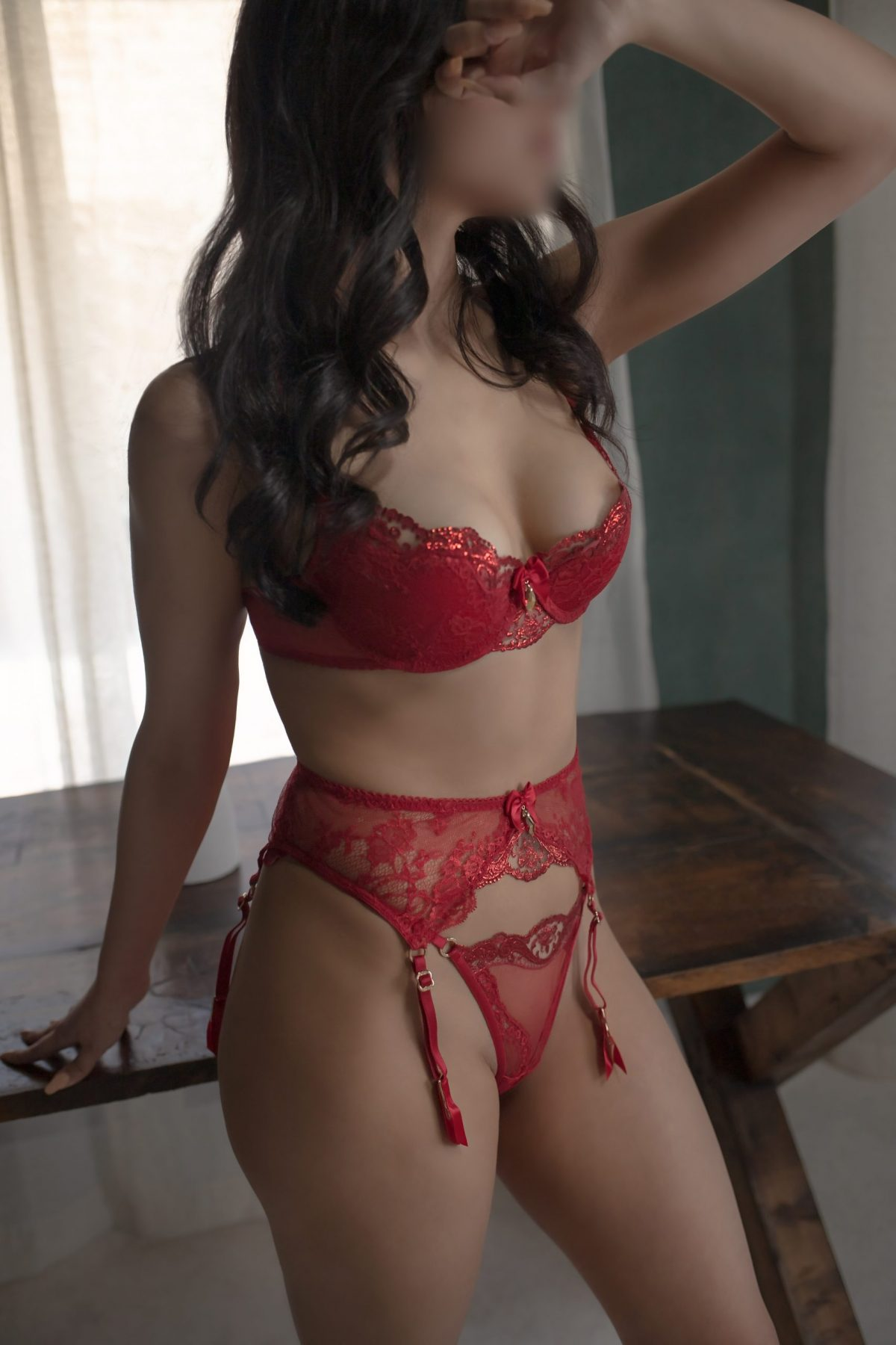 Toronto escorts companion upscale Maria Interests Disability-friendly Non-smoking Age Young Figure Slender Petite Breasts Natural Hair Brunette Ethnicity Latina Tattoos None Arrival New Photos New