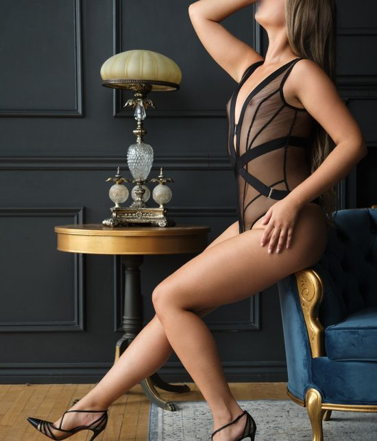 Toronto escort companion upscale classy high class sexy hot beautiful gorgeous Chloe Duo Couple-friendly Disability-friendly Non-smoking Young Slender Tall Natural Blonde European Small New Photos