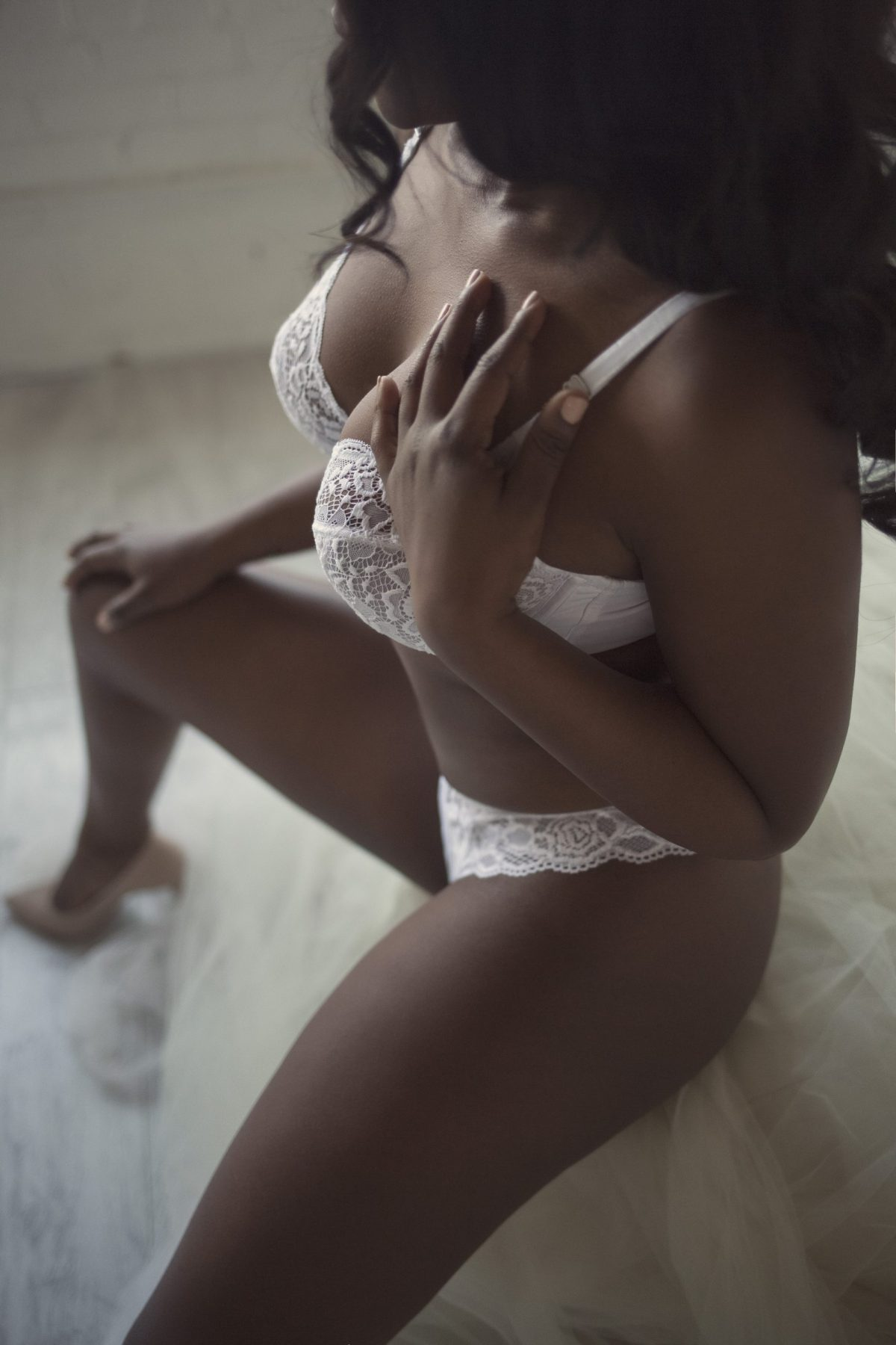 Toronto escorts companion upscale Alisha Interests Duo Couple-friendly Disability-friendly Non-smoking Age Young Figure Curvy Petite Breasts Natural Hair Raven-Haired Ethnicity Black Tattoos Small Arrival New