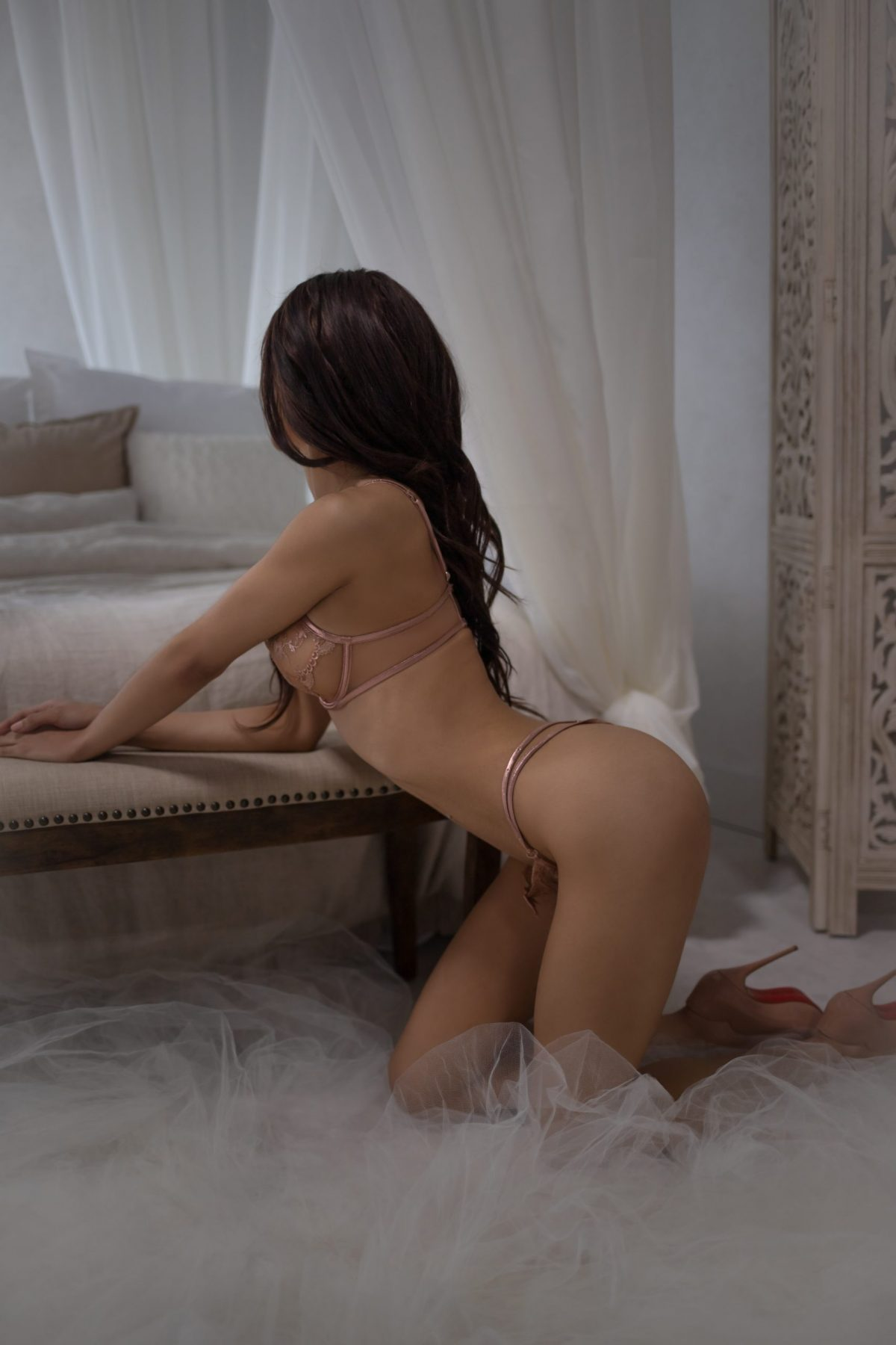 Toronto escorts companion upscale Bianca Interests Duo Couple-friendly Non-smoking Age Young Figure Slender Petite Breasts Enhanced Hair Raven-Haired Ethnicity Latina Black Tattoos Small