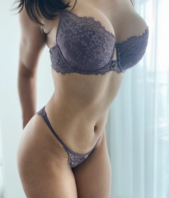 Toronto escort companion upscale classy high class sexy hot beautiful gorgeous Carmen Duo Couple-friendly Disability-friendly Non-smoking Mature Slender Tall Enhanced Raven-Haired Brunette Latina European None New Photos New