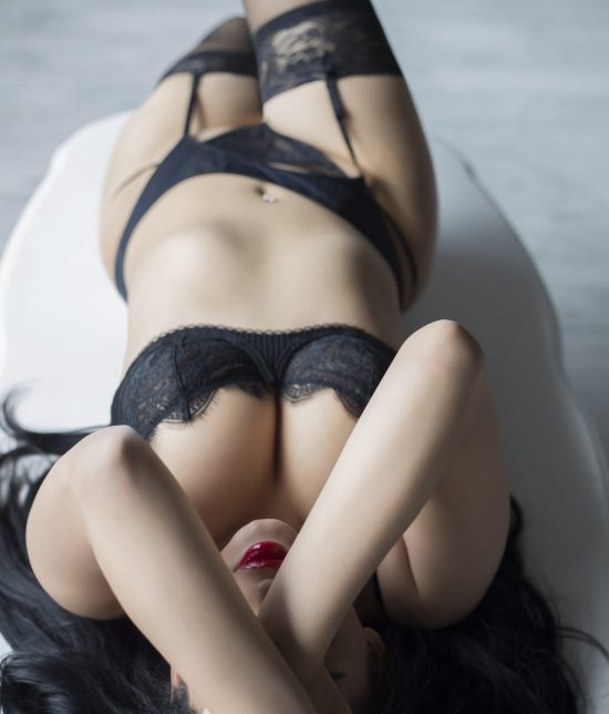 Toronto escort Noelle Interests Duo Disability-friendly Non-smoking Young Curvy Petite Breasts Natural Brunette European Tattoos None