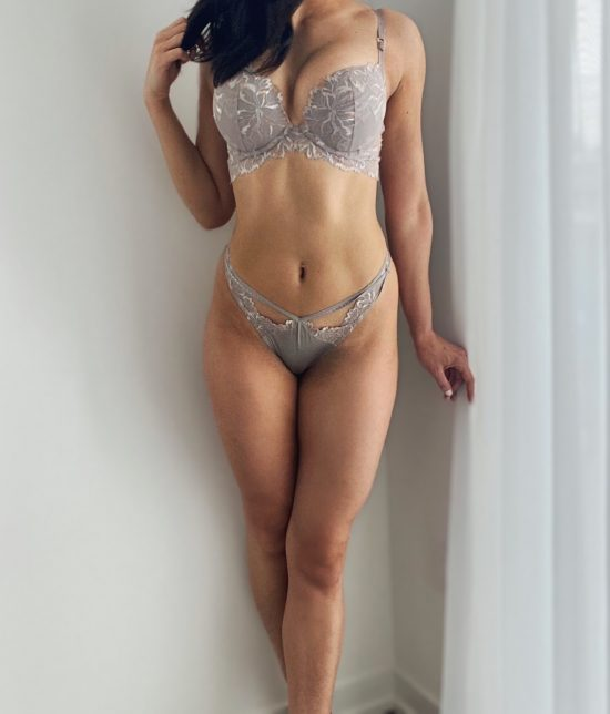 Toronto escort companion upscale classy high class sexy hot beautiful gorgeous Carmen Interests Duo Couple-friendly Non-smoking Age Mature Figure Slender Tall Breasts Enhanced Hair Brunette Ethnicity European Tattoos None Arrival Returning