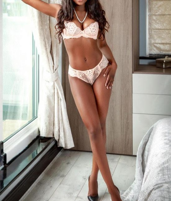 Toronto escort companion upscale classy high class sexy hot beautiful gorgeous Tiffany Interests Duo Couple-friendly Disability-friendly Non-smoking Age Young Figure Slender Tall Breasts Natural Hair Brunette Ethnicity Black Tattoos Small Arrival New Photos New